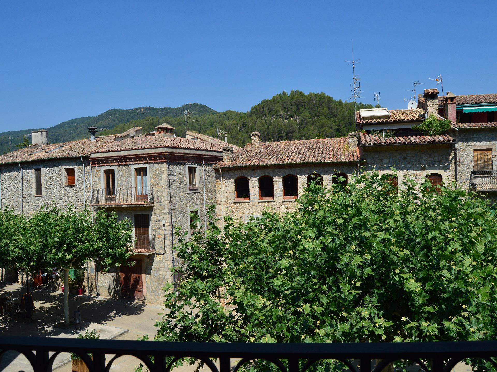 Dorfhaus -                                       Sant Llorenç De La Muga -                                       8 Schlafzimmer -                                       14 Personen